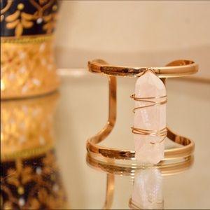 ☄️Chunky Raw Quartz Metal Cuff Bracelet ☄️